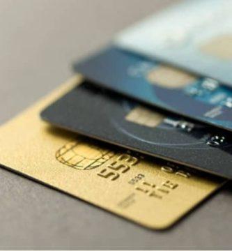 ¿Qué tipos de costos tiene una tarjeta de crédito